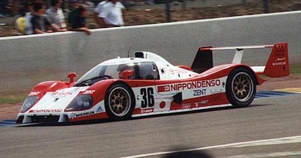 24-HEURES-DU-MANS-1993-Toyota-TS010-Team-Toms-Eddie-Irvine-Toshio-Suzuki-Masanori-Sekiya.