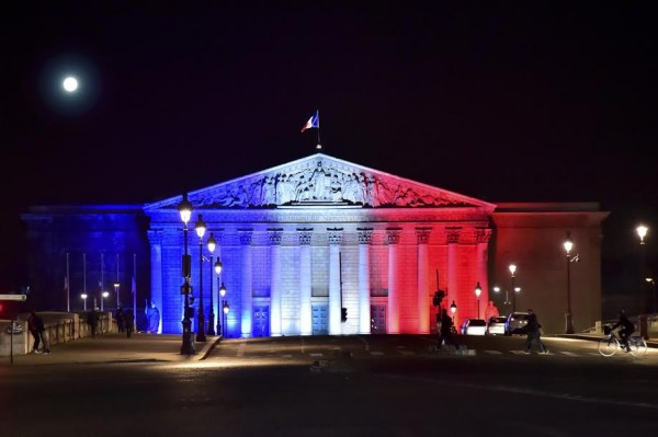 ANDROS-2015-2016-Présentation-Equipe-PERNAUT-Assemblee-Nationale-vue-de-la-Place-de-la-CONCORDE-Jeudi-26-Novembre-Photo-Max-MALKA-