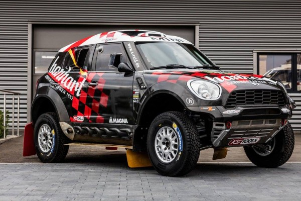 DAKAR-2016-TEAM-X-RAID-MINI-de-SCHOTT