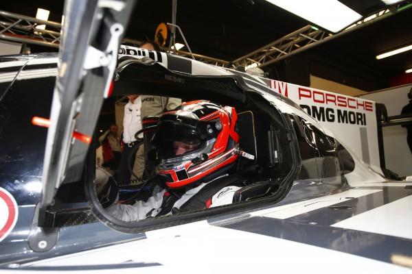 ENDURANCE-2015-Circuit-de-CATALUNYA-a-MONTMELO-Porsche-919-Hybrid-Porsche-Team-Kevin-Magnussen-