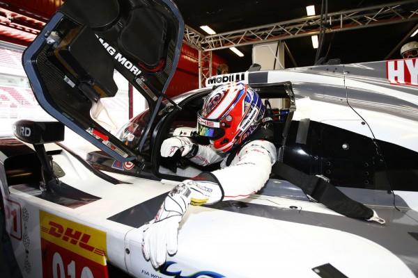 ENDURANCE-2015-Circuit-de-CATALUNYA-a-MONTMELO-Porsche-919-Hybrid-Porsche-Team-Mitch-Evans-