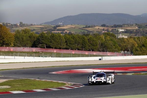 ENDURANCE-2015-Circuit-de-CATALUNYA-a-MONTMELO-Porsche-919-Hybrid-Porsche-Team-Timo-Bernhard-Kevin-Magnussen-Oliver-Turvey-et-Mitch-Evans-