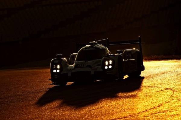 ENDURANCE-2015-Circuit-de-CATALUNYA-a-MONTMELO-Porsche-919-Hybrid-Porsche-Team-Timo-Bernhard-Kevin-Magnussen-Oliver-Turvey-et-Mitch-Evans