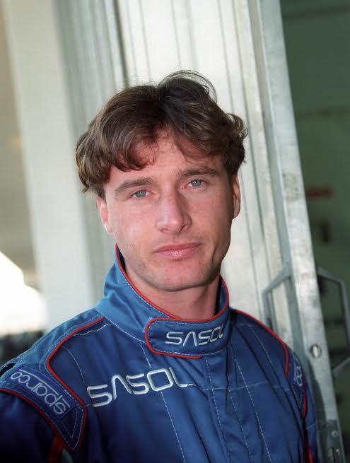Eddie-IRVINE-a-ses-débuts-en-F1-chez-JORDAN-©-Manfred-GIET