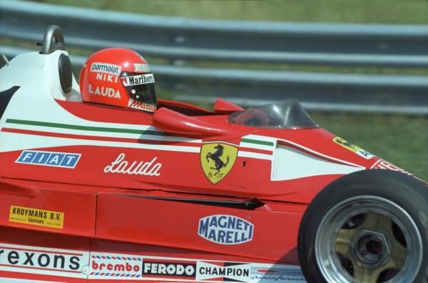F1 1976 Niki LAUDA-Ferrari 312T2 avant le crash le 1er aout au NURBURGRING © Manfred GIET.