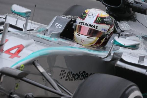 F1-2015-SAO-PAULO-MERCEDES-de-LEWIS-HAMILTON