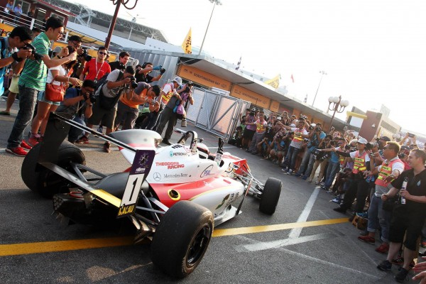 F3 2015 MACAO VICTOIRE pour la DALLARA MERCEDES de FELIX ROSENQVIST