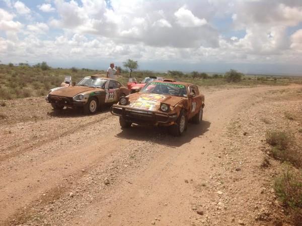 SAFARI-KENYA-2015-Des-concurrents-sur-les-liasons
