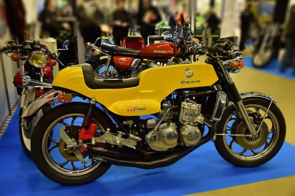 SALON-MOTO-LEGENDE-2015-SUZUKI-ROCA-Photo-Max-MALKA