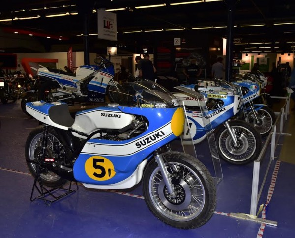 SALON-MOTO-LEGENDE-2015-Stand-SUZUKI-La-TR-500-de-1974-Photo-Max-MALKA.