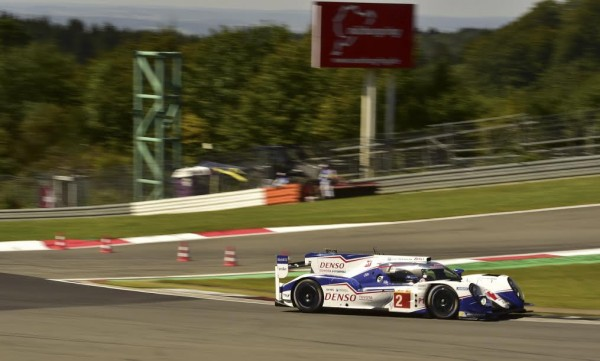 WEC-2015-NURBURGRING-TOYOTA-N°2-Photo-Max-MALKA