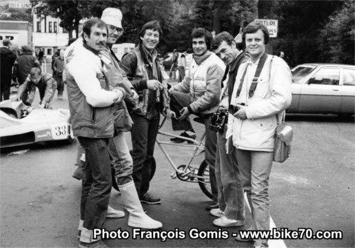 SUR CETTE PHOTO DE FRANÇOIS GOMIS, FRANÇOIS BEAU EST A GAUCHE. AVEC BOULMÉ, FERNANDEZ, PHILIPPE MICHEL,