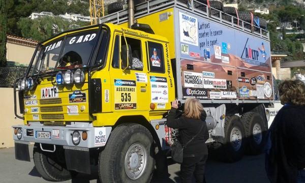 AFRICA-RACE-2016-Le-camion-assistance-du-Team-GARD