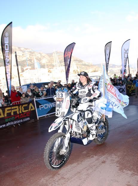 Africa-Race-2016-Anastasiya-Nifontova-Championne-du-monde-de-Rallye-Raid-2015-photo-Jean-François-Thiry