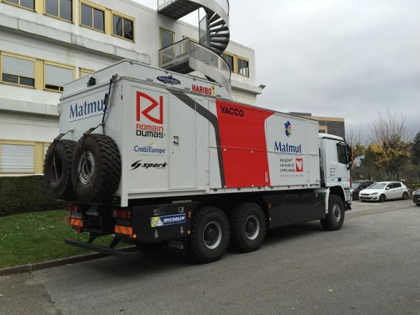 DAKAR-2016-ROMAIN-DUMAS-Camion-assistance