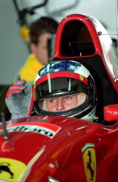 F1-1995-Michael-Schumacher-novembre-1995-premier-test-chez-Ferrari-à-Estoril-©-Manfred-GIET