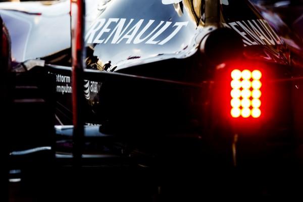 F1 2015 - LE GROUPE RENAULT CONFIRME LE RACHAT DE LOTUS F1 TEAM