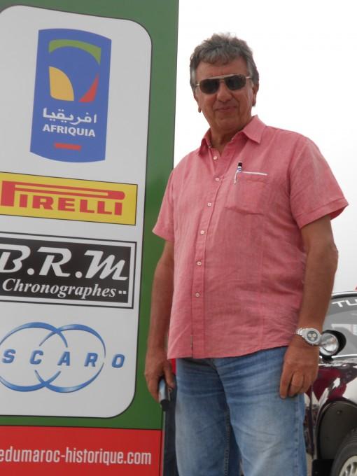 MAROC-HISTORIQUE-2013-Christian-VELLA-pose-ce-dimanche-12-Mai-a-AGADIR-avant-le-depart-du-Rallye-du-MAROC-photo-autonewsinfo.
