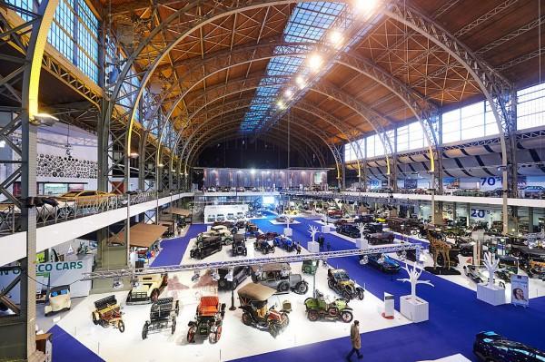 MUSEE AUTOMOBILE DE BRUXELLES AUTOWORLD -Vue generale Photo Max MALKA