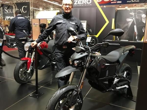 SALON-DE-LA-MOTO-2015-Bruno-MULLER-sur-le-stand-ZERO-Electrique-FXS