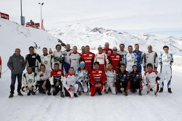 TROPHEE-ANDROS-2015-2016-La-photo-des-pilotes-a-VAL-THORENS-Vendredi-4-decembre-2015-Photo-Bernard-BAKALIAN