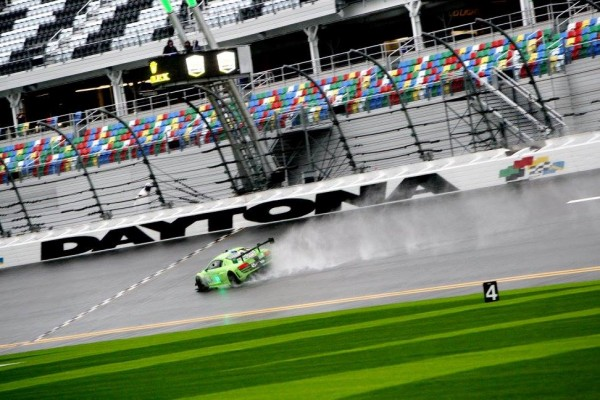 24-HEURES-DAYTONA-2016-AUDI-KROHN-FLYING-LIZZARD