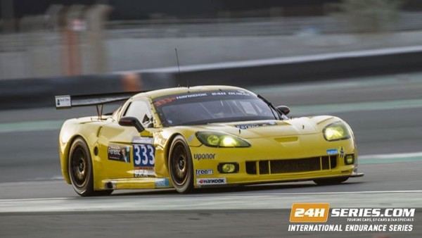 24 HEURES DE DUBAI La CORVETTE du Team V8 Racing