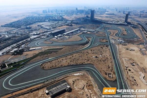 24-HEURES-de-DUBAI-2016-Le-circuit-en-vue-aerienne.