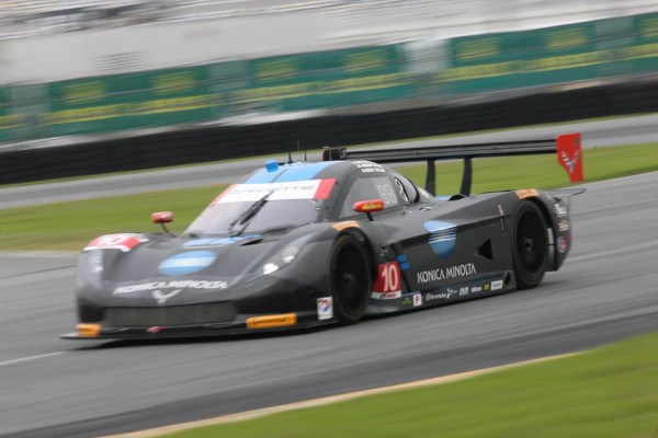 DAYTONA-2016-ROAR-Before-La-CORVETTE-du-Team-WAYNE-TAYLOR
