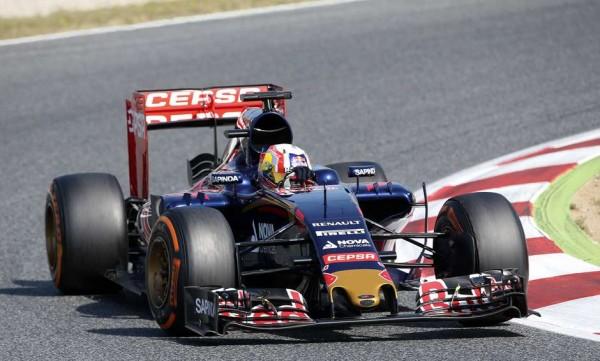 F1-2015-BARCELONE-Essais-collectifs-de-MONTMELO le mardi 12 Mai PIERRE GASLY Scuderia TORO-ROSSO