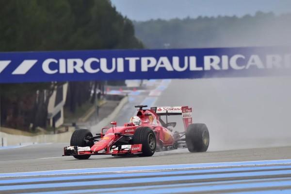F1-2016-PAUL-RICARD-Essai-Pneumatiques-PIRELLI-Sébastien-VETTEL-effectue-ses-premiers-tours-de-roues-en-2016-mardi-26-Janvier-Photo-Max-MALKA