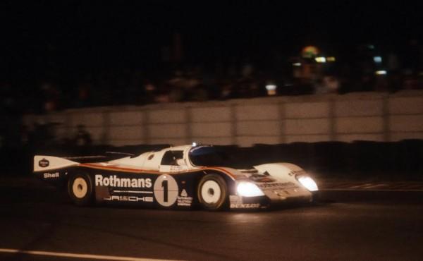 Hans-Joachim-STUCK-24-Heures-du-Mans-1986-Victoire-aux-cotes-de-Derek-BELL-et-Al-HOLBERT-©Manfred-GIET