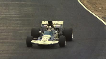 John-SURTEES-Surtees-TS-9-en-1971-©-Manfred-GIET