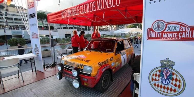 Monté-Carlo-Historique-2016-Arrivée-de-la-R5-Alpne-du-N°1-Michel-LECLERE-Photo-Jean-François-THIRY