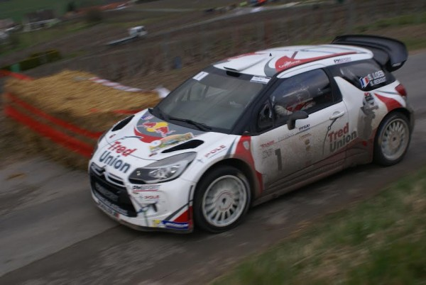 RALLYE-DES-VINS-DE-CHAMPAGNE-2015-DS3-SEB-LOEB-A-BOUQUIGNY-Photo-Gaston-BERGER