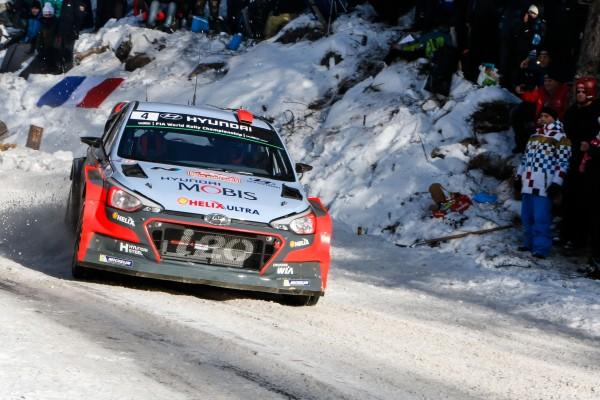 WRC-2016-HYUNDAI-Dani-SORDO