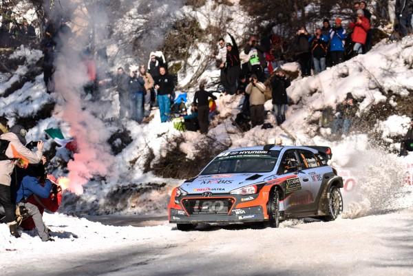 WRC 2016 HYUNDAI Thierry NEUVILLE