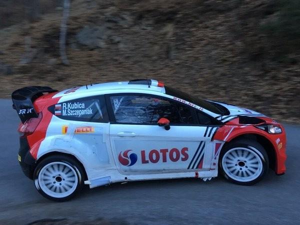 WRC-2016-La-FORD-FIESTA-du-Polonais-Robert-KUBICA-