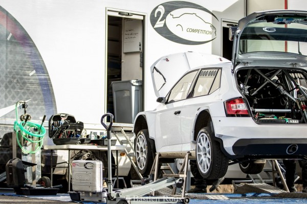 WRC-2016-MONTE-CARLO-1ers-essais-de-la-SKODA-FABIA-R5-pour-JULIEN-MAURIN-avec-le-TEAM-2C