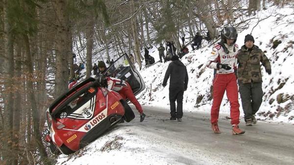 WRC 2016 MONTE CARLO la sortie de route de la FORD FIESTA RS WRC de Robert KUBICA