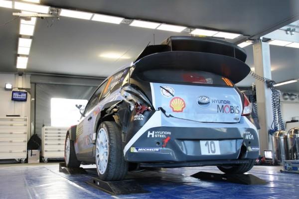 WRC-Monté-CArlo-2016-cest-fini-pour-Hayden-PADDON-photo-Jean-François-THIRY.jpg