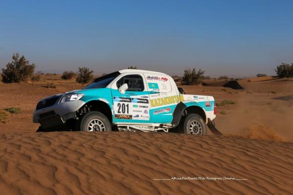 Kanat SHAGIROV et don TOYOTA du Mobilex Racing