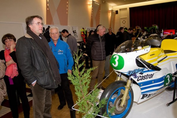 2015-Serge-Grouard-Maire-dOrléans-visite-le-Salon-de-la-Moto-Bricy-©-Photo-Michel-Picard