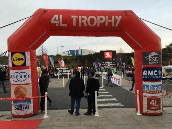 4-L-TROPHY-2016-Avant-le-grand-depart-a-BIARRITZ