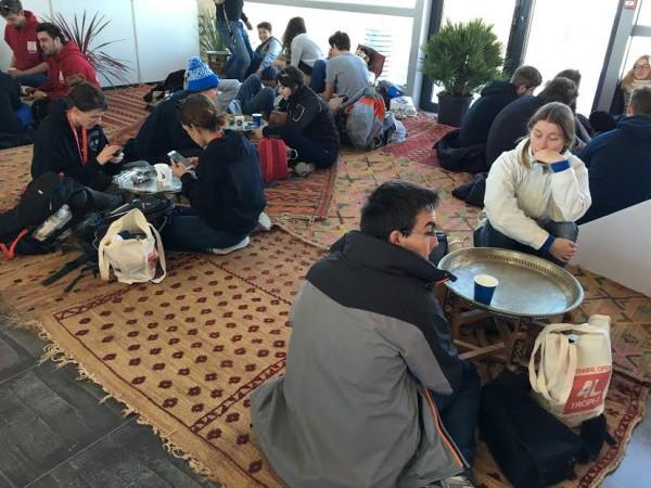 4-L-TROPHY-2016-Avant-le-grand-depart-a-BIARRITZ-Un-petit-coin-du-MAROC-pour-les-concurrents