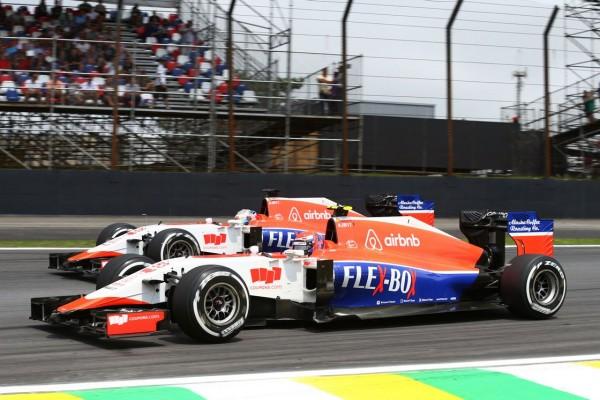 F1-2015-ABOU-DHABI-28-Novembre-Les-deux-MANOR-de-ROBERTO-MEHRI-et-WILL-STEVENS