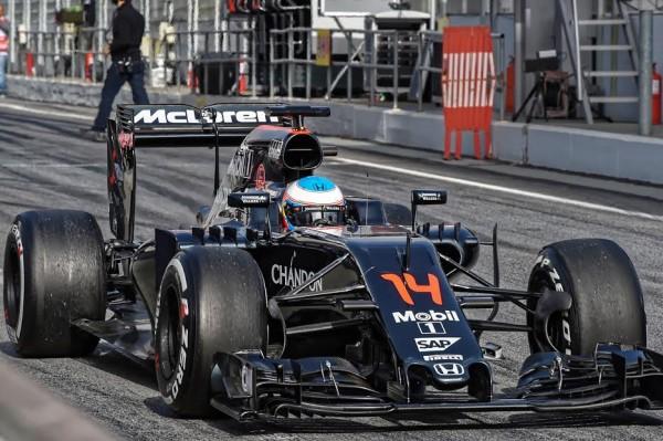 F1-2016-CIRCUIT-DE-CATALUNYA-A-La-McLAREN-HONDA de Fernando ALONSO-Photo Max MALKA