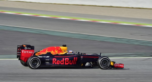 F1-2016-MONTMELO-Jeudi-25-Fevrier-Daniil-KVYAT-Photo-Max-MALKA.