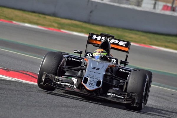 F1-2016-MONTMELO-Mardi-23-février-La-FORCE-INDIA-de-Sergio-PEREZ-Photo-Max-MALKA