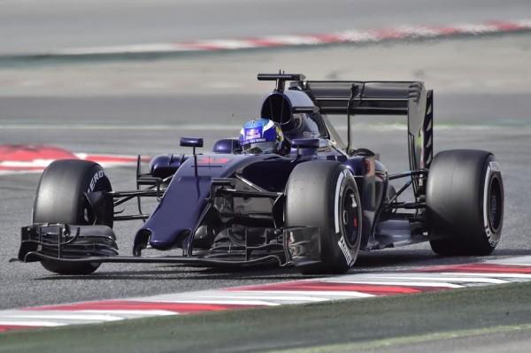 F1-2016-MONTMELO-Mardi-23-février-La-TORO-ROSSO-de-Max-VERSTAPPEN-Photo-Max-MALKA